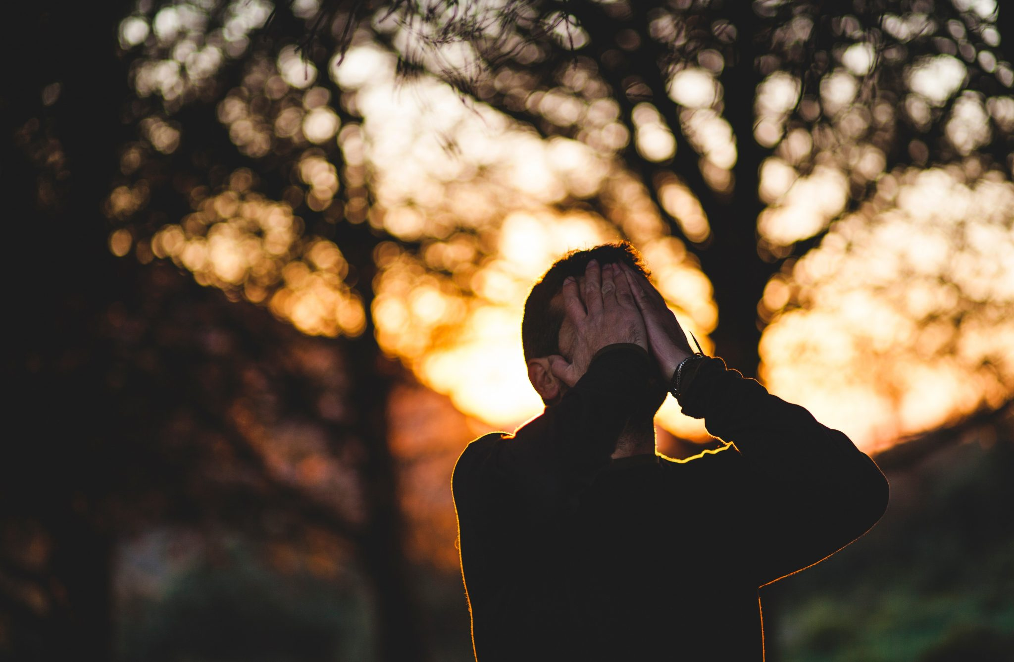 Jak stłumić emocje?